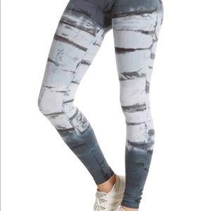 Hard Tail Tie Dye Legging